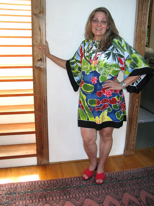 Dripping Mangoes Tunic front